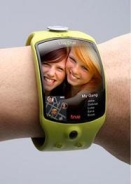True Wearable wristphone concept, 2007. Someone make this now. Please.